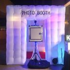 Lucky Frog Photo Booth-Midway City Photo Booths